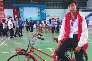 Xe đạp... 'không đụng hàng'