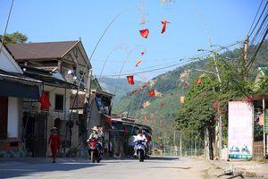 Cuộc sống người dân miền núi Nghệ An đảo lộn vì nắng nóng trong ngày Tết