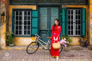 Nét xuân trong tà áo dài Việt!