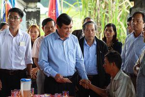 Lãnh đạo tỉnh Quảng Nam thăm hỏi, hỗ trợ các gia đình học sinh chết đuối