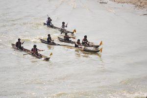 Kon Tum: Sôi nổi Giải đua thuyền độc mộc đầu Xuân