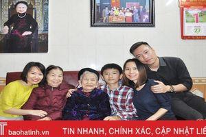 Cụ bà 106 tuổi ở Hà Tĩnh chia sẻ bí quyết sống khỏe