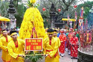 Người dân nô nức dự lễ khai hội đền Gióng