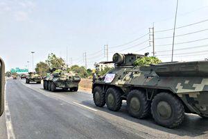 Rộ tin quân đội Thái Lan đưa xe thiết giáp vào Bangkok để 'đảo chính'