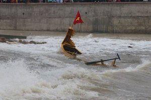 Hải Phòng: Đua thuyền rồng trên biển, 1 người tử vong