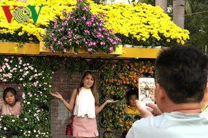 Hơn 1 triệu lượt khách tham quan Hội hoa xuân Tết Kỷ Hợi ở TPHCM