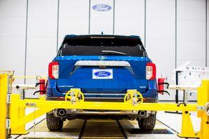 Đây là cách triệt tiêu tiếng ồn cabin cho Ford Explorer 2020