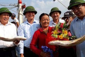 Ngư dân Quảng Trị trúng mẻ cá bè vàng hơn 7 tỷ đồng