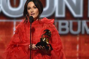 Ca sĩ Kacey Musgraves đoạt 'Album của năm' với 'Golden Hour'