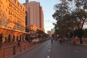 Ngày đầu đi làm sau kỳ nghỉ Tết, trung tâm Sài Gòn thông thoáng