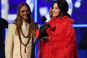 Giải Grammy 61: Kacey Musgraves thắng lớn với 'Golden Hour'