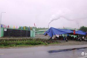 Hà Tĩnh: Đầu năm mới, hàng chục hộ dân lại 'tuyên chiến' với Nhà máy rác Phú Hà