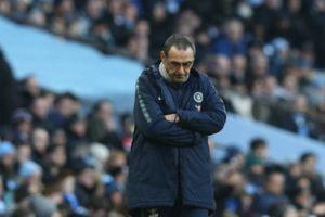 Thua tan tác, HLV Sarri chấp nhận bị sa thải khỏi Chelsea