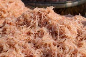 Trúng đậm mùa ruốc đỏ au, ngư dân Đà Nẵng có tiền triệu mỗi ngày