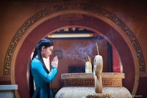 Bí kíp chọn trang phục đi lễ chùa đầu năm phù hợp nhất