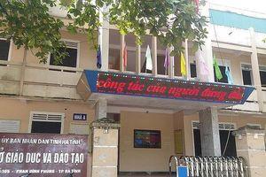 Dư luận xôn xao, mỗi tháng Sở giáo dục Hà Tĩnh chi trăm triệu để tiếp khách
