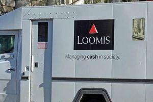 Pháp: Tài xế xe chở tiền biến mất cùng 1 triệu euro