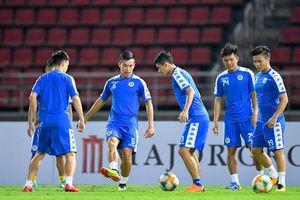 Quang Hải cùng đồng đội quyết đấu với Á quân Thai League tại Bangkok