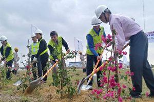 Phát động Tết trồng cây, đảm bảo ATGT trên quốc lộ