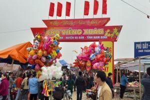 Nam Định: Khai hội chợ Viềng, đến đi bộ cũng không nhúc nhích nổi