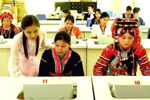 Những chuyển biến tiến bộ về giáo dục với dân tộc thiểu số ở Việt Nam
