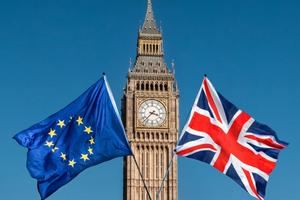 Thủ tướng May đang 'câu giờ' chờ Brexit?