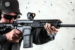 Lục quân Ấn Độ ký hợp đồng mua 72.000 súng trường của Mỹ
