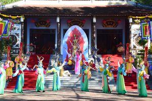 Tưng bừng Lễ hội Đền Huyền Trân tưởng nhớ tiền nhân
