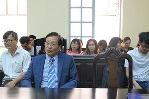 Tòa bất ngờ hoãn tuyên án vụ kiện 'Thần đồng đất Việt'