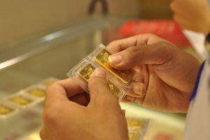 Giá vàng ngày Thần Tài tăng mạnh do nhu cầu mua vàng lấy may ngày Thần Tài