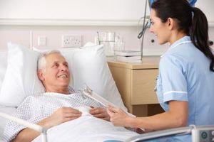 Bệnh nhân ung thư phổi giai đoạn 3 cần được chăm sóc như thế nào?