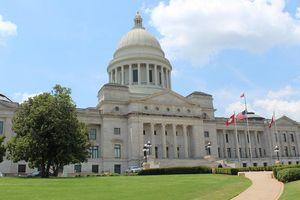 Lấy 'lộc' ở Arkansas bằng cách nhặt kim cương, vô kho tiền làm tỉ phú USD!