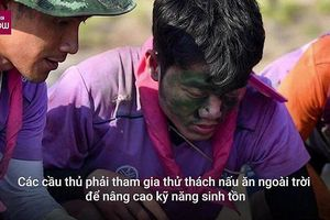 Xuân Trường trổ tài nấu canh cá ở đội bóng Thái Lan