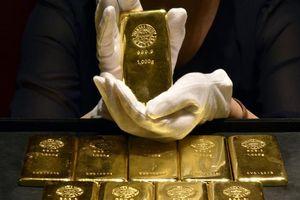 Giá vàng giảm nhẹ trước tín hiệu tích cực từ đàm phán thương mại Mỹ-Trung