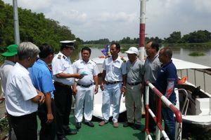 Cảng vụ ĐTNĐ IKV III tăng cường kiểm tra phương tiện tại cảng, bến