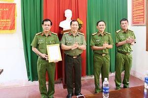 Khen thưởng Phòng Cảnh sát hình sự tỉnh Đắk Nông triệt phá nhóm đối tượng cho vay lãi nặng