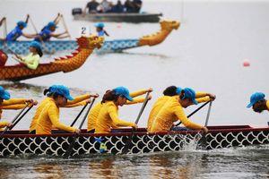 Phó Thủ tướng Vũ Đức Đam dự Lễ hội bơi chải thuyền rồng Hà Nội mở rộng năm 2019