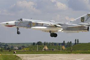 Ukraine: Su-24M mang tên lửa đánh chìm mọi tàu chiến Nga