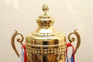 Cận cảnh chiếc cúp vô địch Siêu Cup Quốc gia 2018