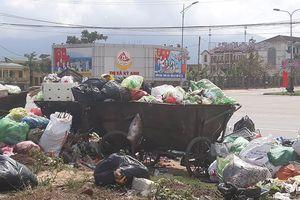 Hà Tĩnh: Nhà máy Phú Hà ngừng tiếp nhận, thị xã Kỳ Anh 'ngập' trong rác