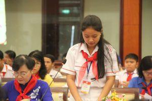 Học sinh TPHCM 'xin' giảm áp lực cho thầy cô