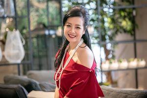 Chiều Xuân - Hà Kiều Anh khoe nhan sắc 'không tuổi' khiến dàn sao trẻ 'chạy dài'