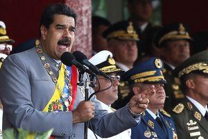 Ông Maduro hạ lệnh cho quân đội Venezuela áp sát biên giới Colombia để chặn Mỹ