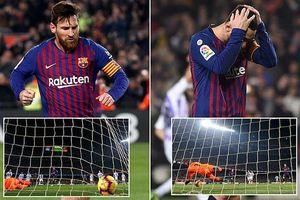 Messi sút hỏng phạt đền vì không biết 'thay đổi cách đá'