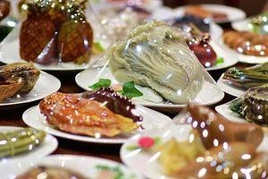 Bữa tiệc 'mầm đá' 150 món sang trọng đắt đỏ nhất thế giới