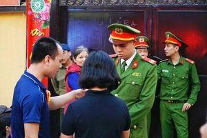 Lực lượng an ninh được siết chặt tại khu vực chùa Phúc Khánh