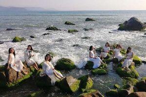 Bãi Rạn Nam Ô: Điểm du lịch 'cực hot' của giới trẻ Đà thành