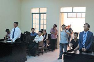 Họa sĩ Lê Linh được xử thắng sau 12 năm theo kiện