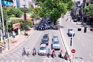 Nắng nóng, hạn chế ra đường lúc 10 - 16 giờ hằng ngày