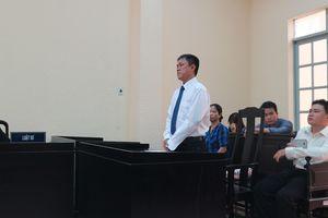 Tòa tuyên họa sĩ Lê Linh thắng kiện vụ 'Thần đồng đất Việt'